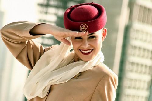 Emirates-Air-Hostess_flyorder.ru