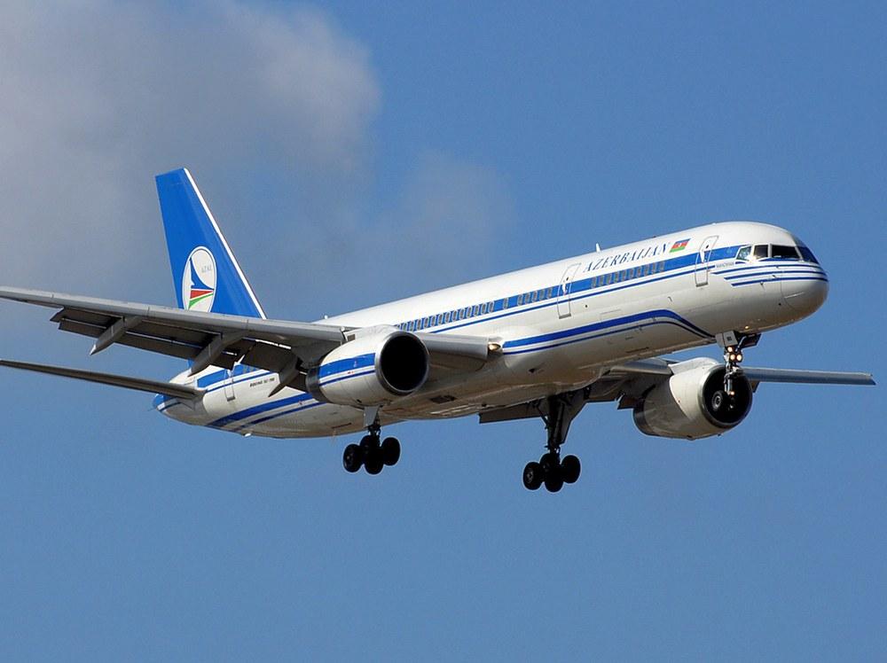 Авиакомпания AZAL увеличивает количество рейсов в Баку из аэропорта Внуково
